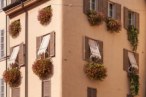 Parma - Italy「A house facade in Parma, Italy」:スマホ壁紙(18)