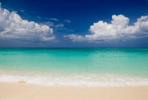 夏「カリブ海のゴールドの砂浜のビーチ」:スマホ壁紙(6)