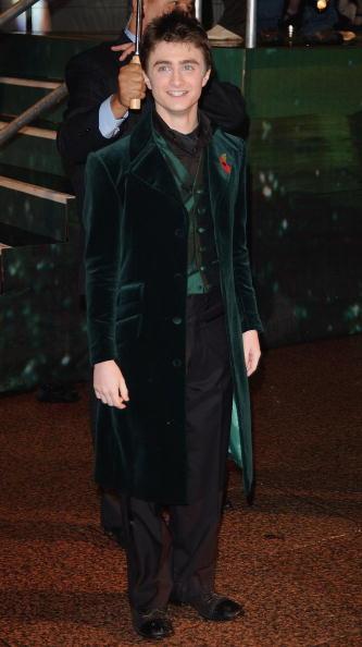 "J.K「Arrivals At ""Harry Potter And The Goblet Of Fire"" World Premiere」:写真・画像(12)[壁紙.com]"
