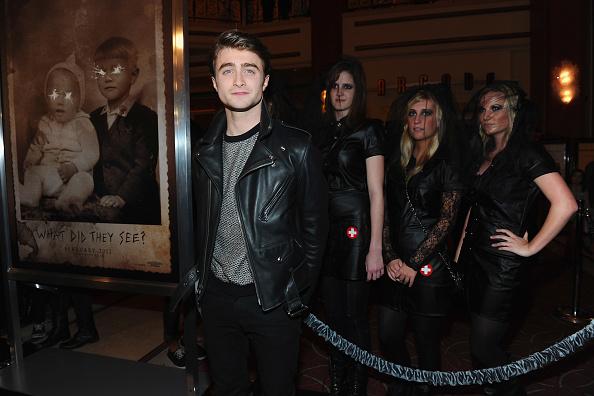 "CBS Films「Premiere Of CBS Films' ""The Woman In Black"" - Red Carpet」:写真・画像(8)[壁紙.com]"