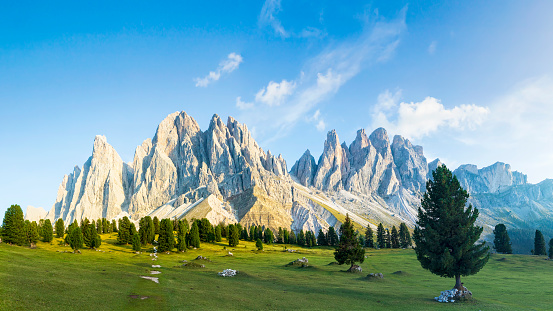 Alpenglow「Suset at Odle group, XXL Panorama, Dolomites in South Tyrol, Italy」:スマホ壁紙(4)