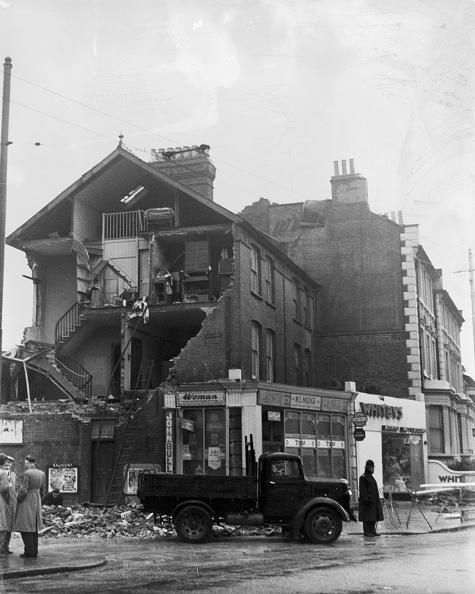 Fred Morley「West London Tornado」:写真・画像(3)[壁紙.com]
