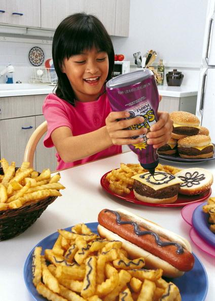 Condiment「Heinz Releases Purple Ketchup」:写真・画像(1)[壁紙.com]