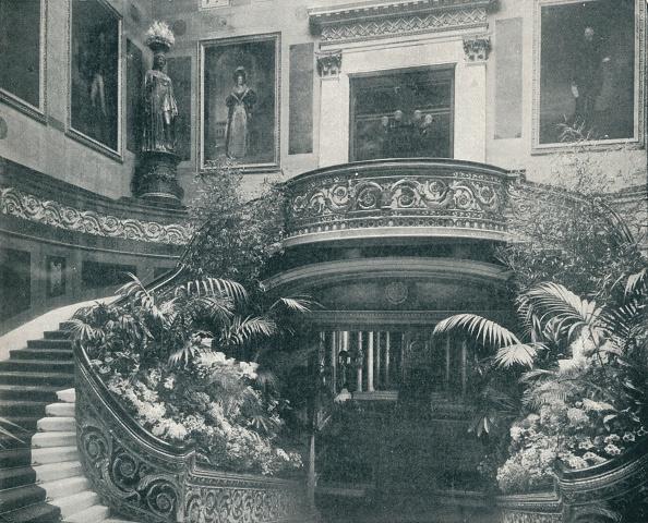 Buckingham Palace「'The Grand Staircase at Buckingham Palace', c1899, (1901)」:写真・画像(14)[壁紙.com]
