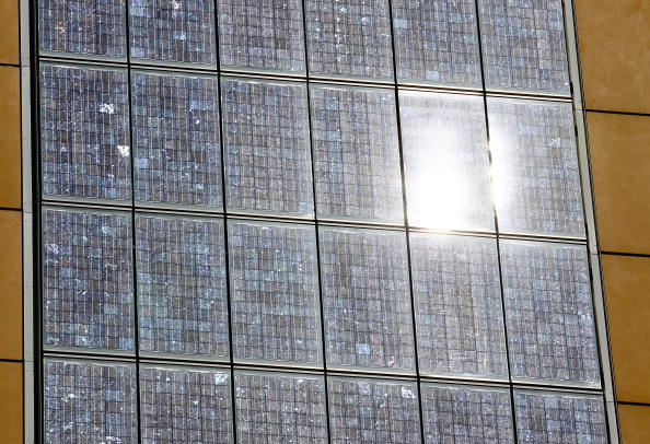 70 Meter「Photovoltaic Facade At Berlin Twin Towers」:写真・画像(14)[壁紙.com]
