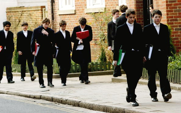Uniform「Top Independent Schools Facing Fee Fixing Inquiry」:写真・画像(7)[壁紙.com]