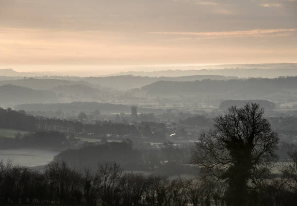 Winter Sunrise Over The Somerset Levels:ニュース(壁紙.com)