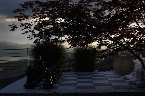 チェス「Outdoors chess board」:スマホ壁紙(2)