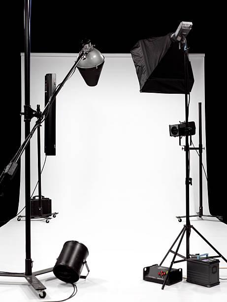 TV, film, photographic studio 2:スマホ壁紙(壁紙.com)