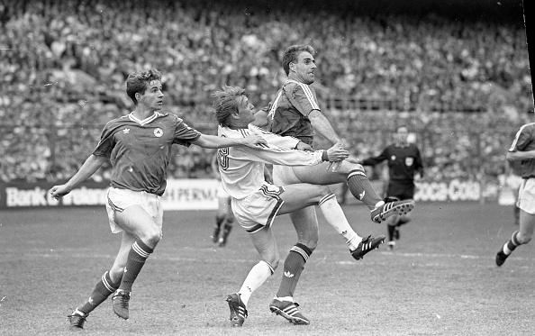 Soccer「Ireland V USSR 1990」:写真・画像(19)[壁紙.com]