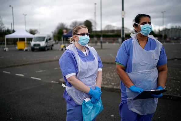 UK「Drive-Through Coronavirus Test Site Established In Wolverhampton」:写真・画像(1)[壁紙.com]