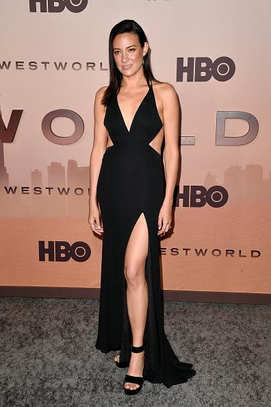 "Cut Out Dress「Premiere Of HBO's ""Westworld"" Season 3 - Arrivals」:写真・画像(13)[壁紙.com]"