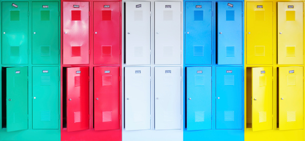 Storage Compartment「Colorful lockers」:スマホ壁紙(1)