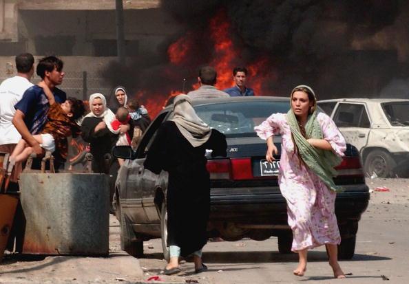 Baghdad「Triple Bomb Blast Hits U.S. Convoy In Southern Baghdad」:写真・画像(14)[壁紙.com]