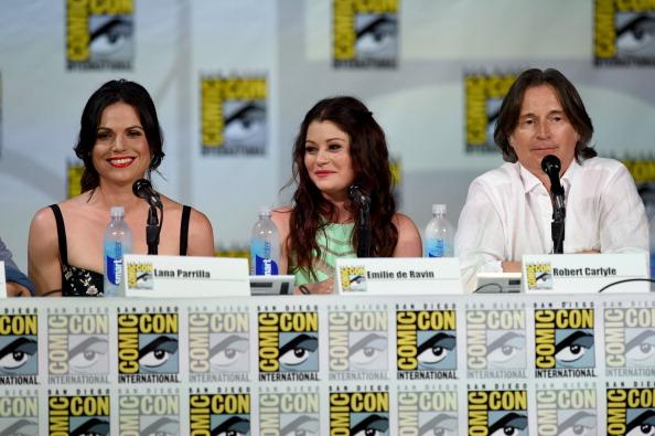 "Emilie De Ravin「ABC's ""Once Upon A Time"" Panel - Comic-Con International 2014」:写真・画像(3)[壁紙.com]"