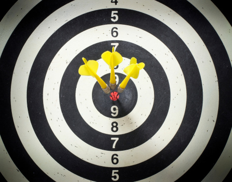 Bull's-Eye「Three yellow darts in the black and white dartboard bullseye」:スマホ壁紙(15)