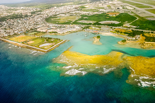 Okinawa Prefecture「Okinawa, Japan: Aerial View」:スマホ壁紙(15)