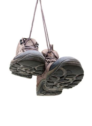 Shoelace「Hiking boots hanging isolated on white background」:スマホ壁紙(4)