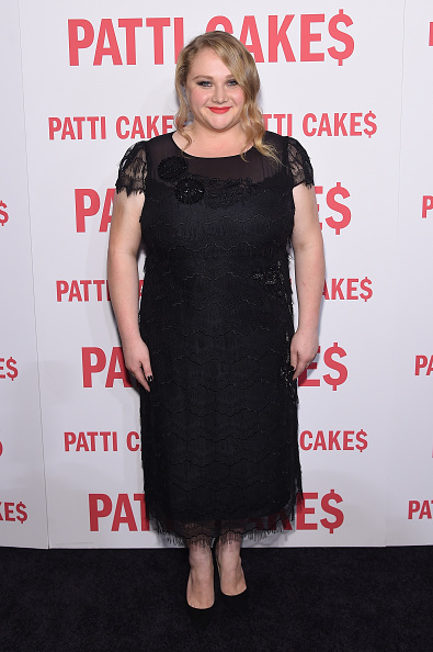 カメラ目線「'Patti Cake$' New York Premiere - Arrivals」:写真・画像(19)[壁紙.com]