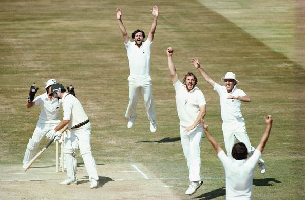 Catching「England v Australia 4th Cornhil Test Match Edgbaston 1981」:写真・画像(1)[壁紙.com]