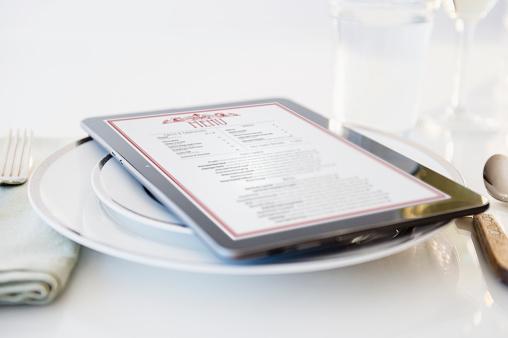 Menu「Digital tablet on plate」:スマホ壁紙(5)