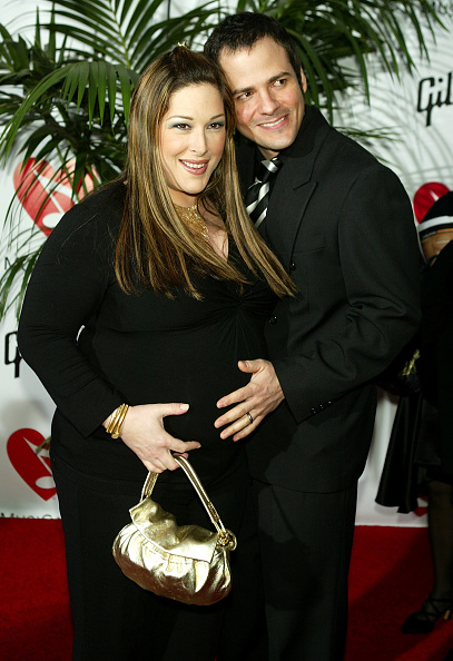 Guest「MusiCares 2005 Person of the Year Tribute to Brian Wilson - Arrivals」:写真・画像(3)[壁紙.com]
