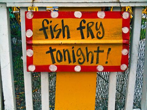 キッチュ「Fish Fry Tonight!」:スマホ壁紙(14)