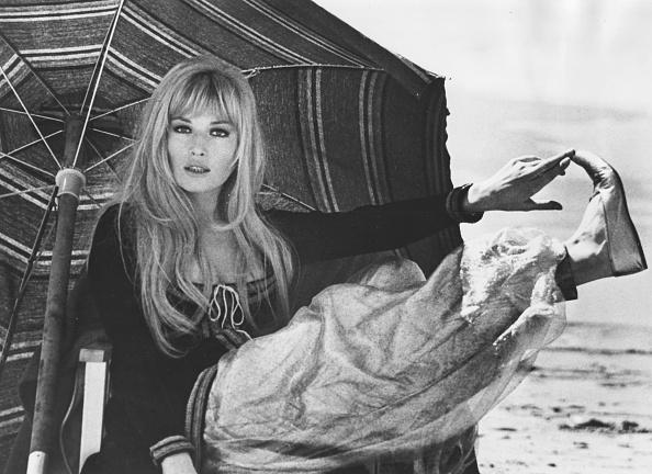 Relaxation「Monica Vitti」:写真・画像(13)[壁紙.com]