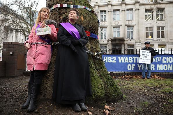 Euston Station「Euston Residents Protest At HS2 Tree Felling Plans」:写真・画像(18)[壁紙.com]