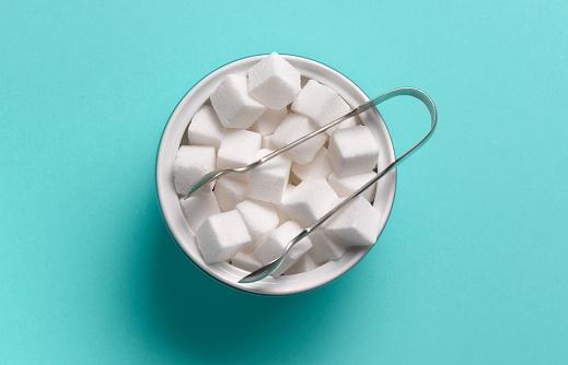 Blue Background「Sugar cubes in sugar bowl」:スマホ壁紙(17)