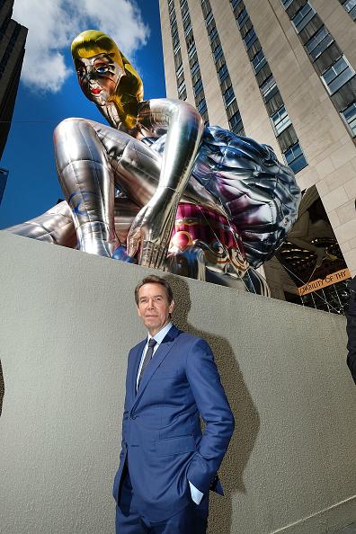 Art Product「Jeff Koons Unveils Seated Ballerina Inflatable Sculpture」:写真・画像(15)[壁紙.com]