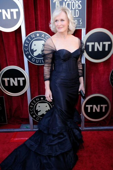 Mermaid Dress「18th Annual Screen Actors Guild Awards - Red Carpet」:写真・画像(8)[壁紙.com]