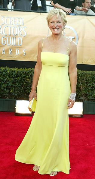 Strap「11th Annual Screen Actors Guild Awards - Arrivals」:写真・画像(1)[壁紙.com]