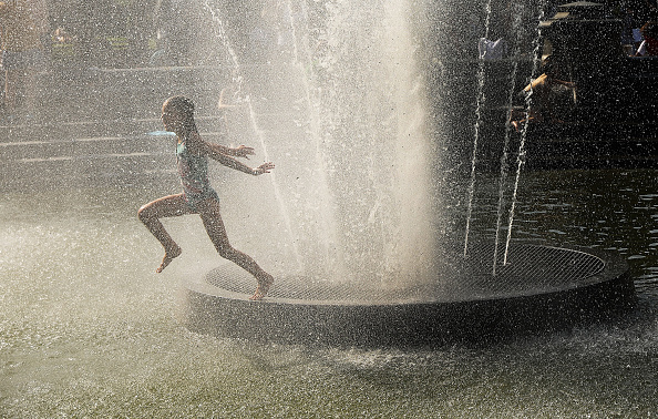 Summer「New York City Hit With Late Summer Heat Wave With Scorching Temperatures」:写真・画像(5)[壁紙.com]