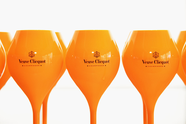 Drinking Glass「New York Mag + Veuve Clicquot Polo Classic Viewing Party」:写真・画像(5)[壁紙.com]