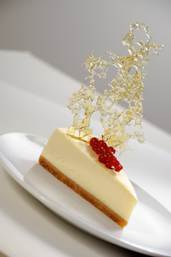 Fruit Garnish「Cheesecake Decorated with Bubble Sugar and Red Currants (White Background)」:スマホ壁紙(18)