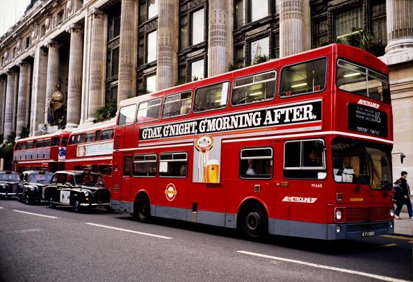 Tom Stoddart Archive「London Buses」:写真・画像(11)[壁紙.com]