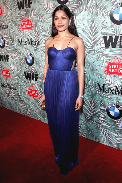 Freida Pinto「Tenth Annual Women In Film Pre-Oscar Cocktail Party Presented By Max Mara And BMW - Red Carpet」:写真・画像(5)[壁紙.com]