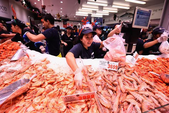 シドニー「Sydneysiders Flock To Fishmarkets At Christmas Time」:写真・画像(15)[壁紙.com]