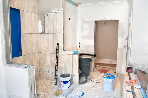 Master Bathroom Remodeling: Tiling in the Shower:スマホ壁紙(壁紙.com)