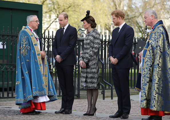 Religious Service「The Duke And Duchess Of Cambridge & Prince Harry Attend Service Of Hope」:写真・画像(7)[壁紙.com]