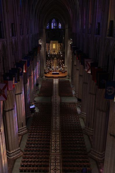 Empty「Washington D.C.'s National Cathedral Webcasts Sunday Mass Due To Coronavirus」:写真・画像(14)[壁紙.com]