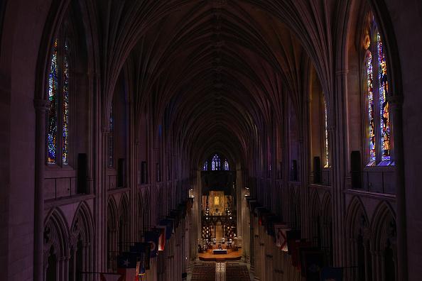 Blank「Washington D.C.'s National Cathedral Webcasts Sunday Mass Due To Coronavirus」:写真・画像(18)[壁紙.com]