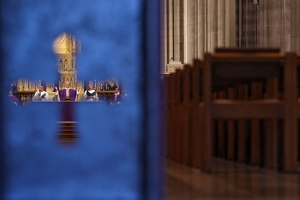 Church「Washington D.C.'s National Cathedral Webcasts Sunday Mass Due To Coronavirus」:写真・画像(2)[壁紙.com]