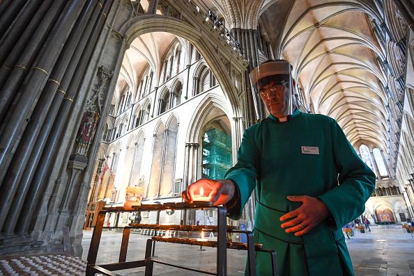 Salisbury - England「UK Churches Reopen For Private Prayer As Coronavirus Lockdown Eases Further」:写真・画像(17)[壁紙.com]