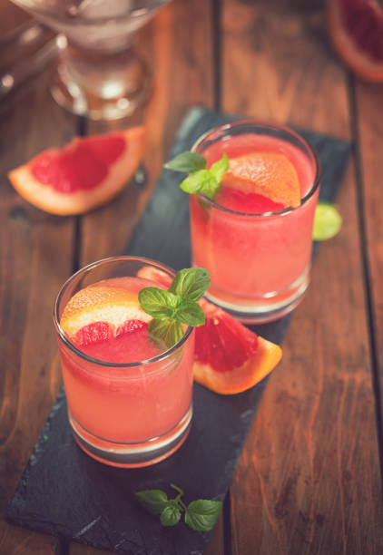 Tequila Paloma Cocktail With Fresh Grapefruit:スマホ壁紙(壁紙.com)