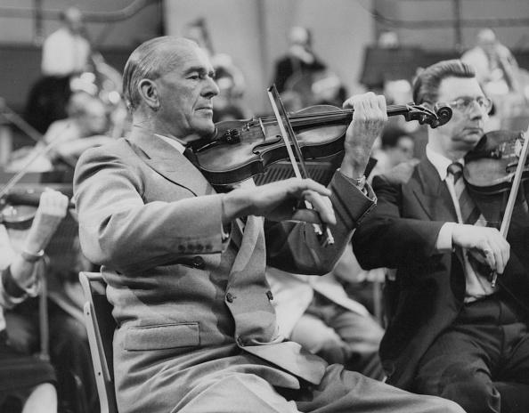 Violin「Paul Beard」:写真・画像(3)[壁紙.com]