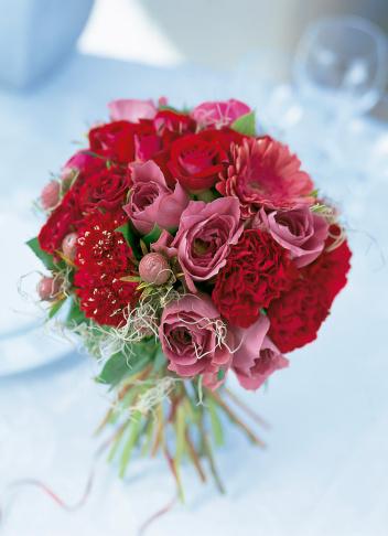 カーネーション「Bouquet of rose,gerbera,scabiosa and carnation.」:スマホ壁紙(5)