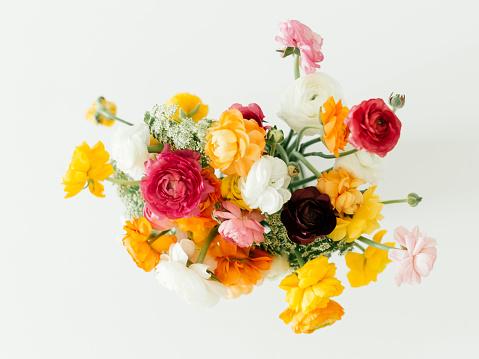 Composition「Bouquet of ranunculus flowers」:スマホ壁紙(13)