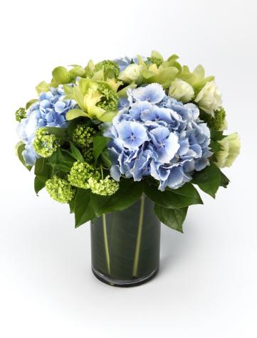 あじさい「A bouquet of flowers in a vase」:スマホ壁紙(11)